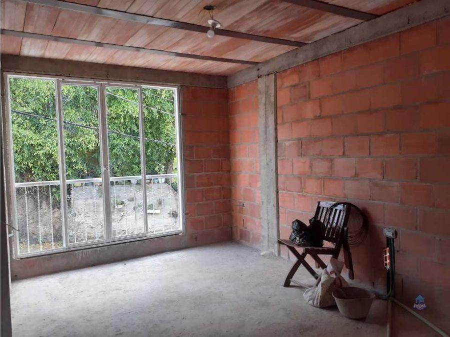 venta de casa mas dos apartamentos la esperanza cartago valle