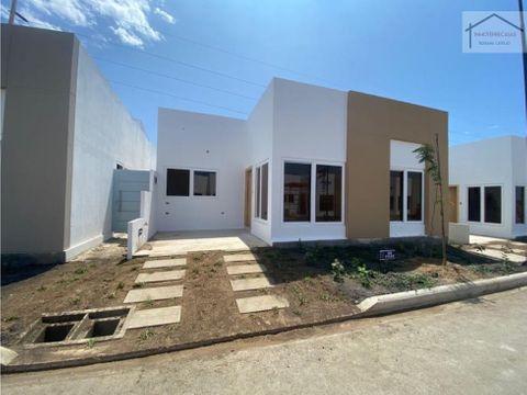 venta de casa por estrenar en salinas ecuador