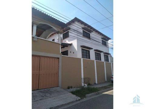 venta de casa residencial las hadas