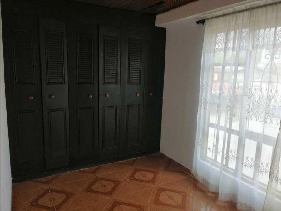 venta de casa ubicada en el sector barrio las americas