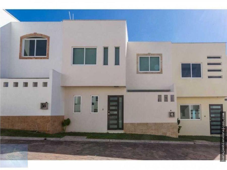 venta de casas nuevas con alberca junto a burgos