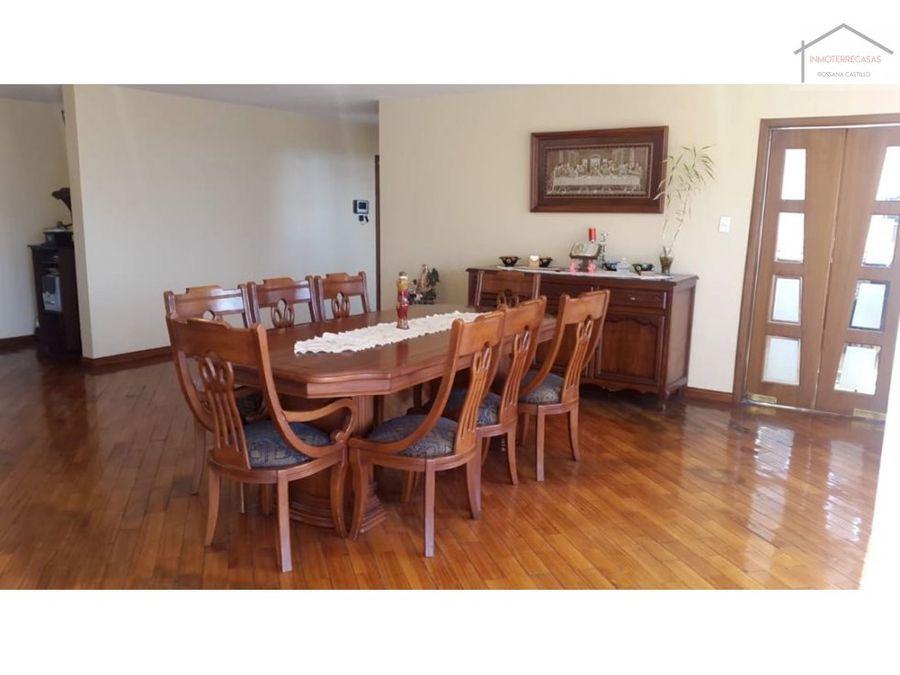 venta de casa en cumbaya