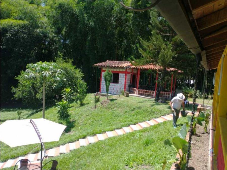 venta de chalet zaragoza cartago valle