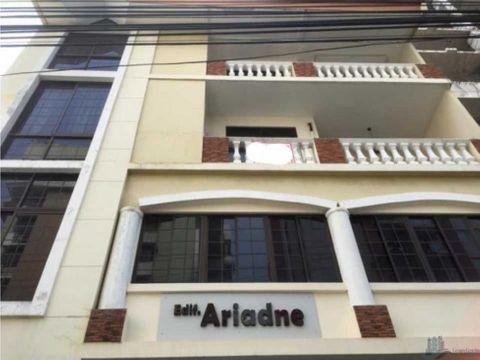 venta de edificio en san francisco 2 apartamentos y 3 oficinas