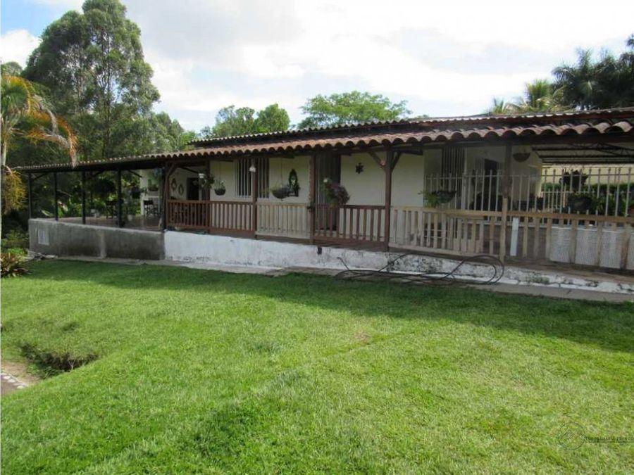 venta casa de campo en el corregimiento el caimo
