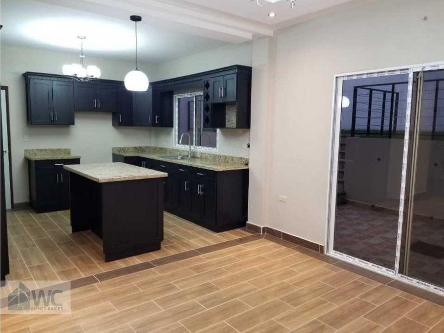 venta de vivienda residencial la granja