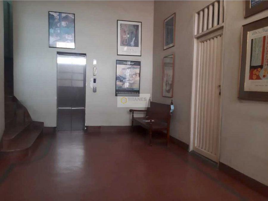 venta edificio centenario esquinero cjc