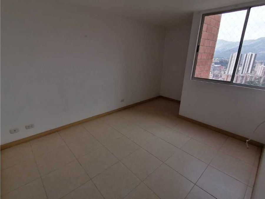 venta hermoso apartamento en sabaneta cerca al ceipa