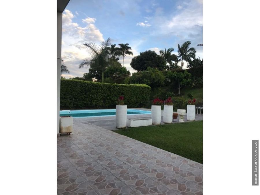 venta hermosa casa con piscina un solo nivel pueblito cafetero