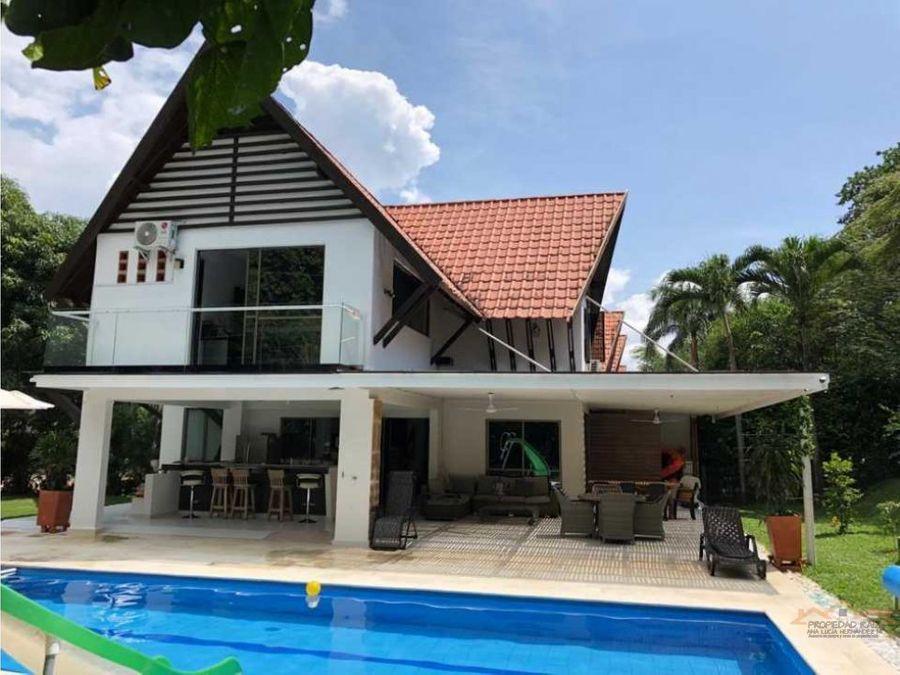 venta hermosa casa de verano en santa fe de antioquia