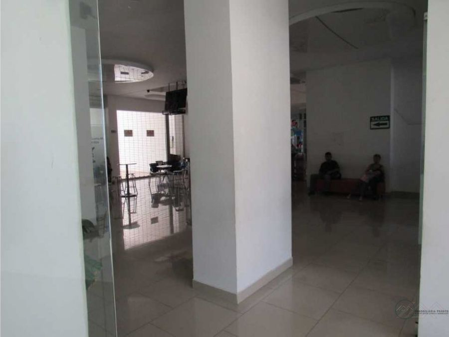 venta local comercial sobre via principal quimbaya