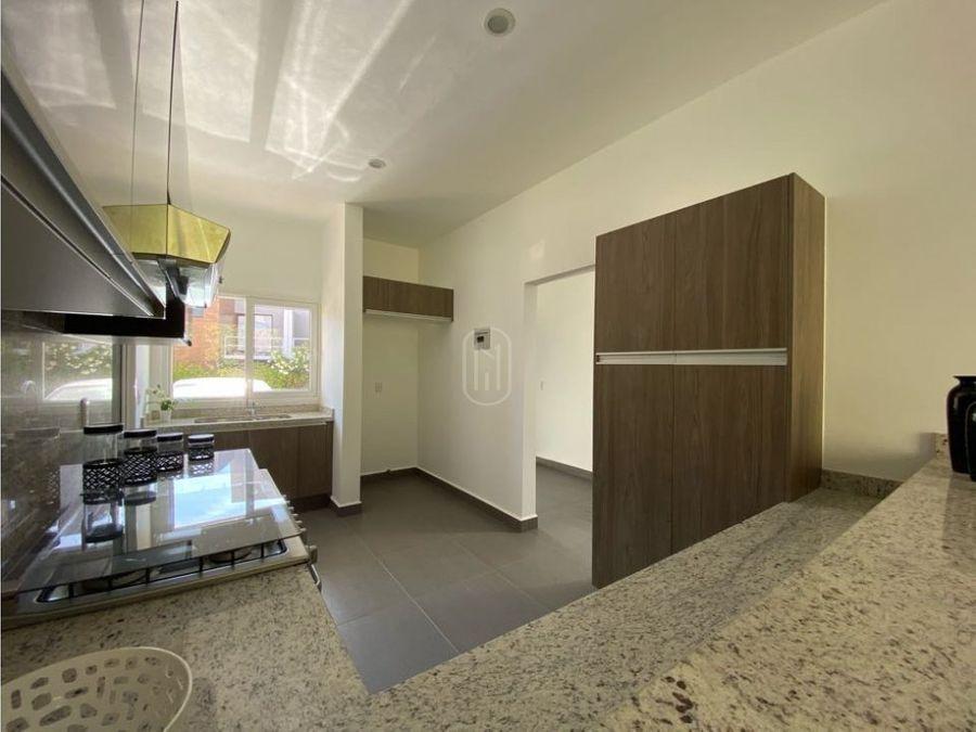 venta renta casa 2 recamaras estudio y terraza en altozano queretaro