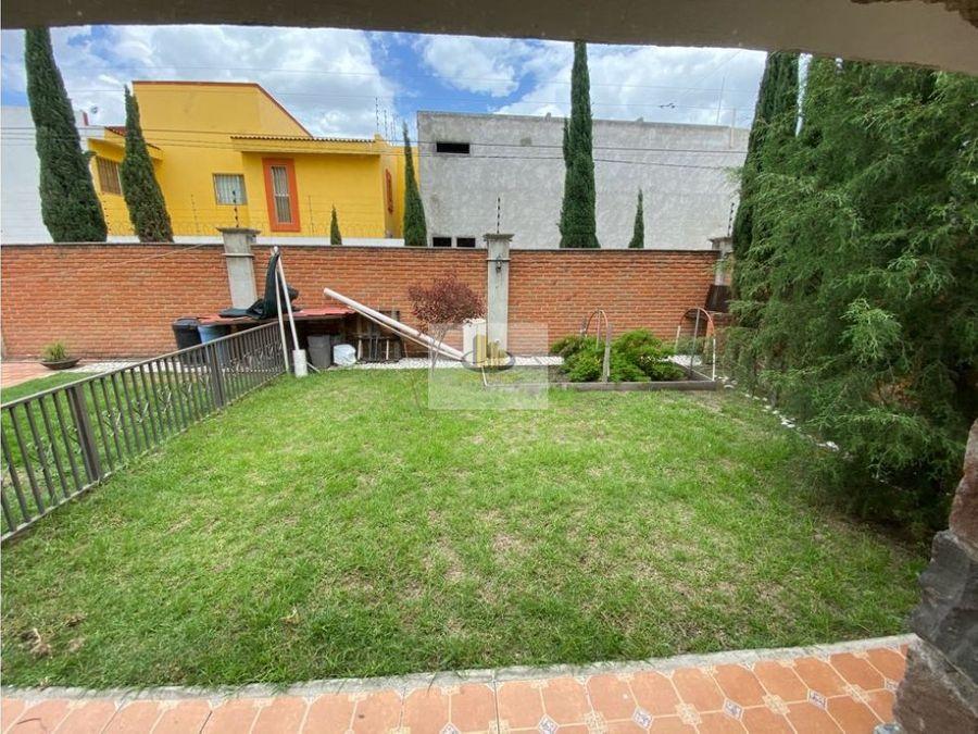 padrisima casa en venta zona morillotla 4 recamaras amplio jardin