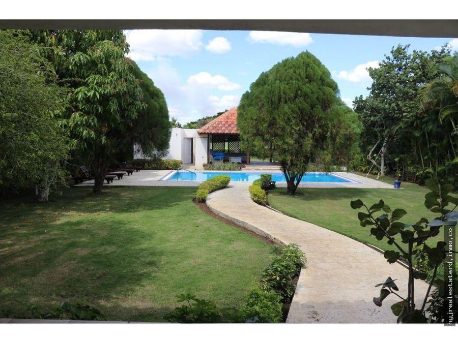villa metro country club vista al campo de golf