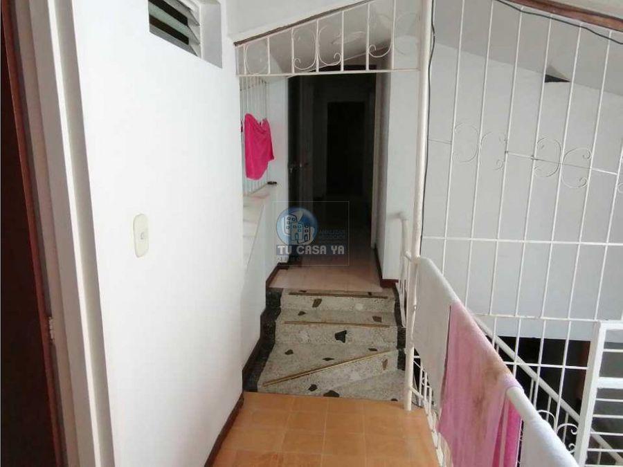 3909379 vendo casa cerca al centro de pereira