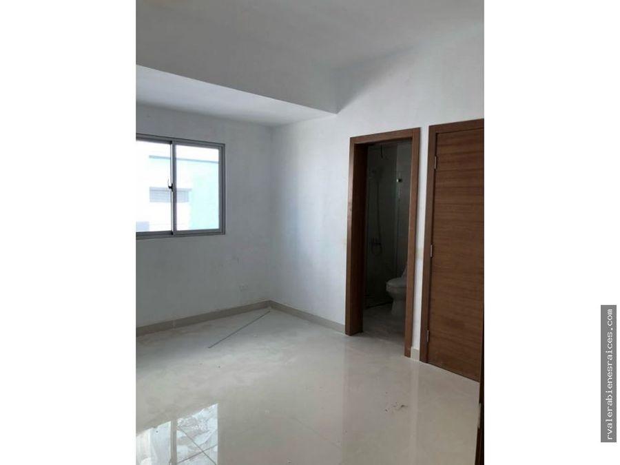 7mo piso en urbanizacion real 3habs 35 banos