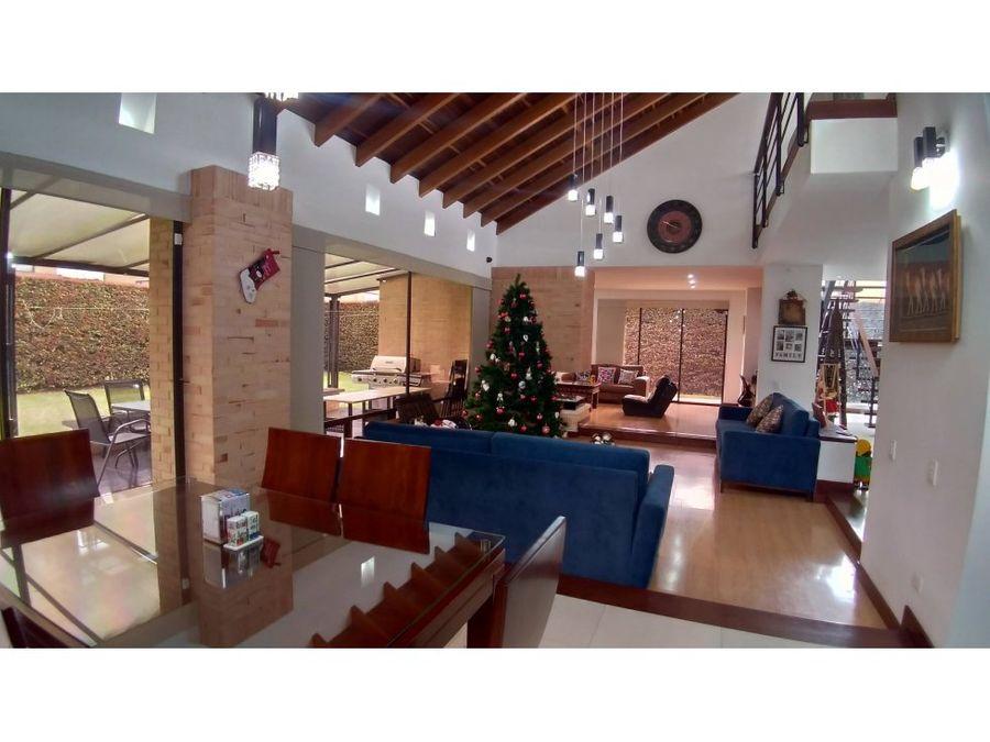 vendo hermosa casa en chia kalamary oc