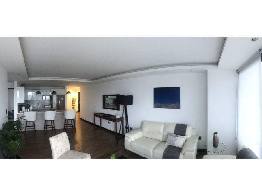 apartamento en venta en castalia zona 15 d