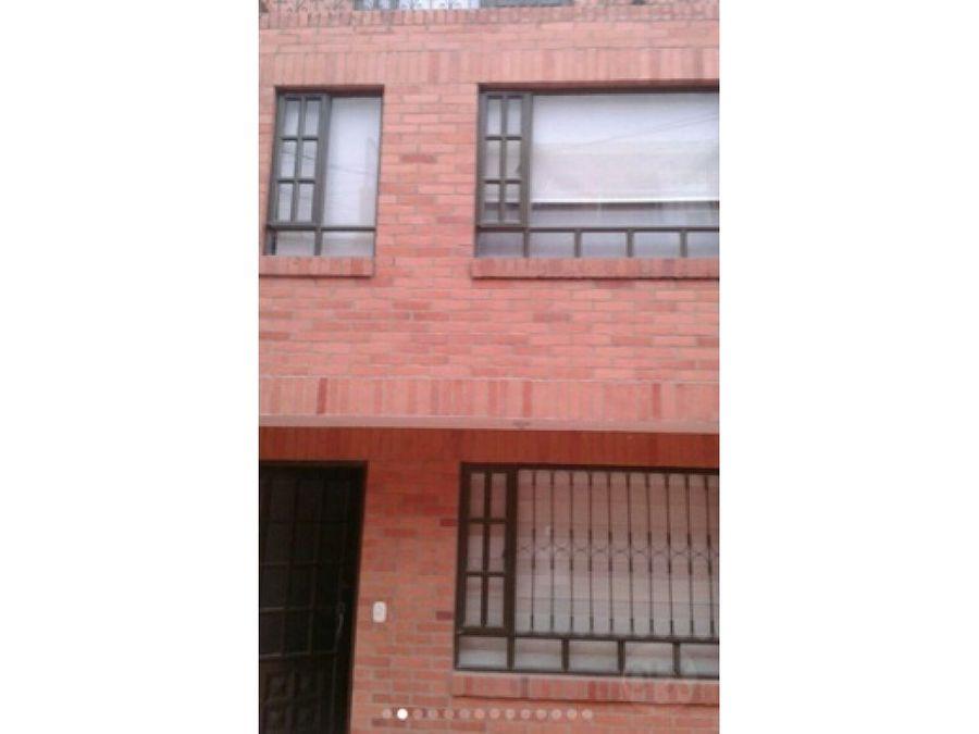 casa en sector residencial chia 260 millones