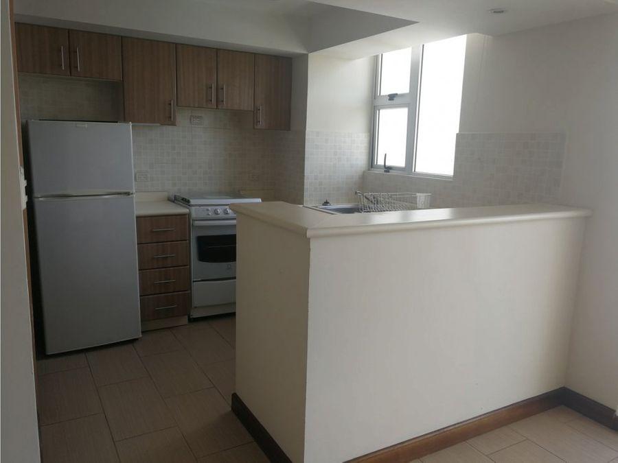 alquiler de apartamento en zona 14 la villa