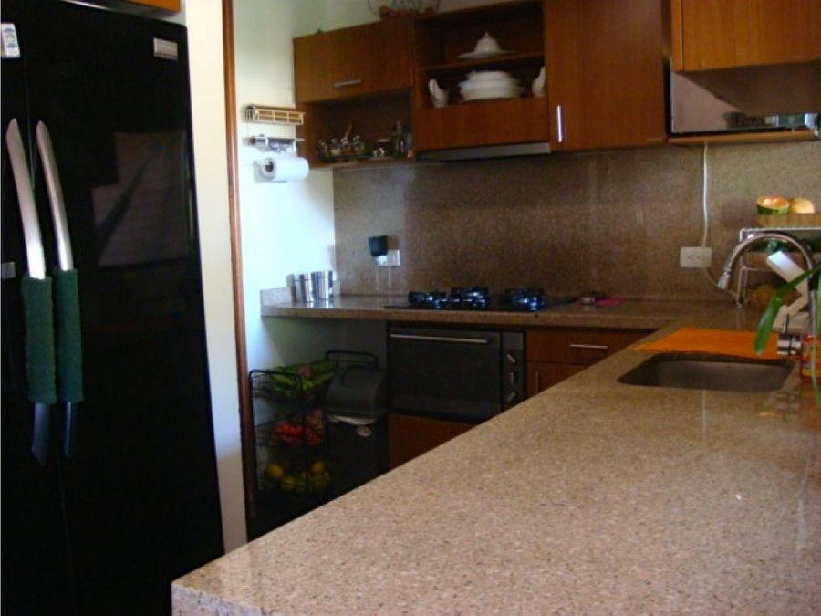 acogedor apartamento en sierras del este venta