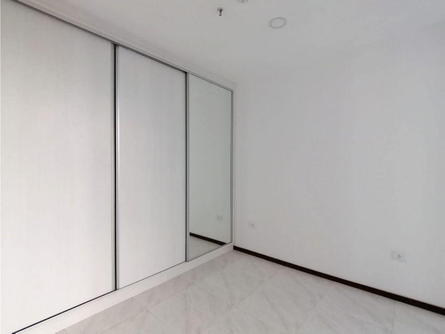 alquilo dpto moderno de un dormitorio en rembrandt los laureles