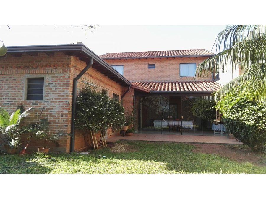 terres vende residencia en barrio san cristobal