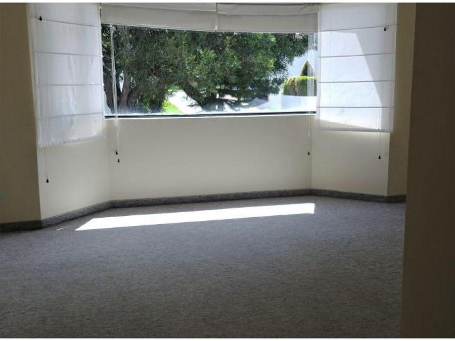 c venta o alquiler cumbaya casa 4 dormitorios