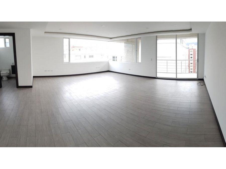 oficina esquinera 84 m2 en venta vista al parque la carolina
