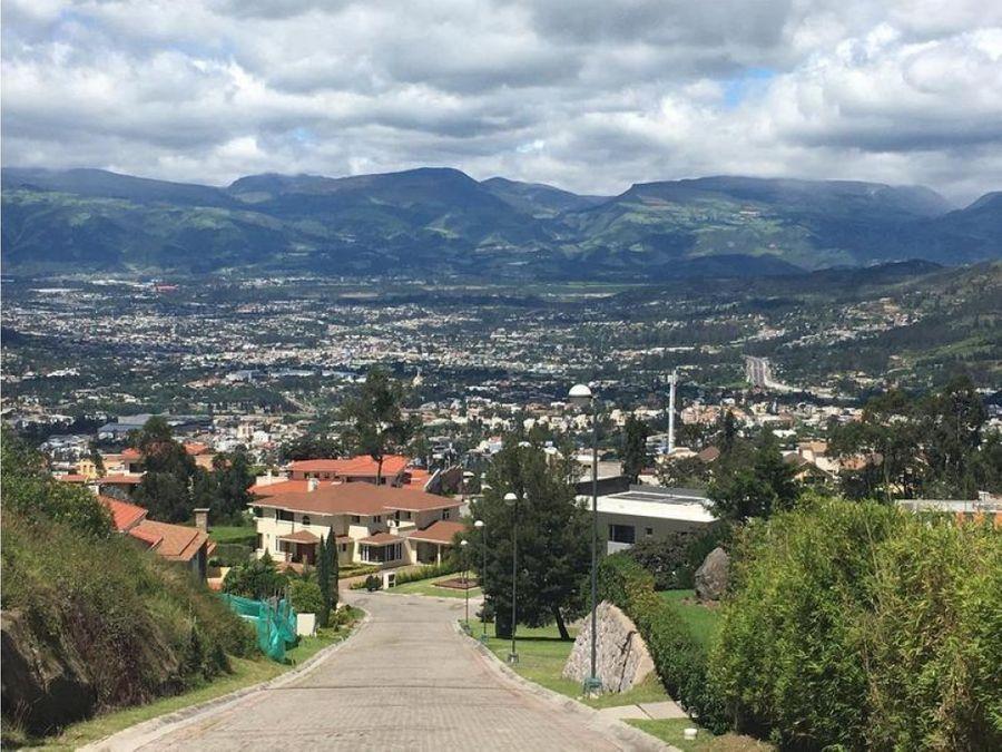 c terreno en exclusiva urbanizacion de cumbaya
