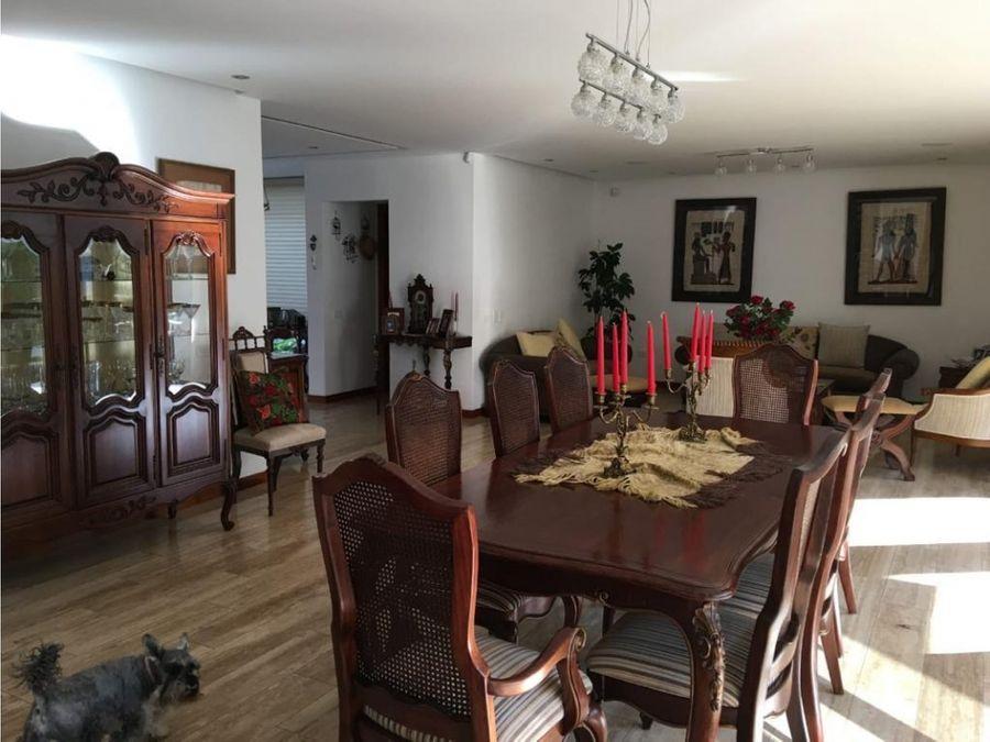c cumbaya sector auquichico hermosa casa en venta no adosada