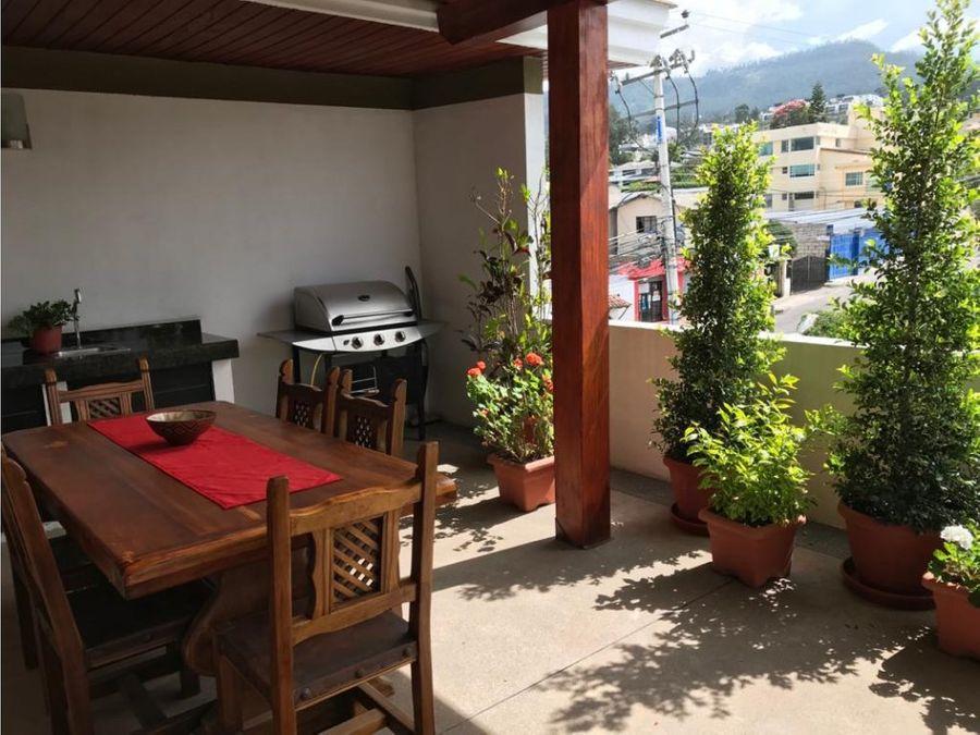 c hermoso y amplio duplex de venta cumbaya