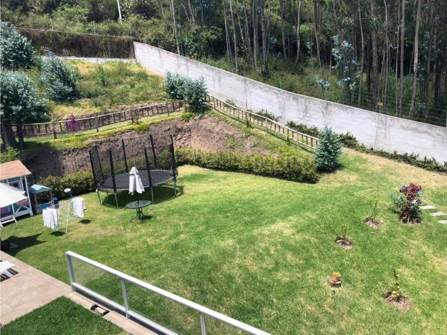 c vendo casa 1650 m2 de terreno en san patricio cumbaya