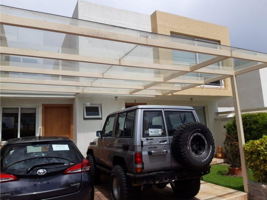 c casa de venta cumbaya cerca del club el nacional