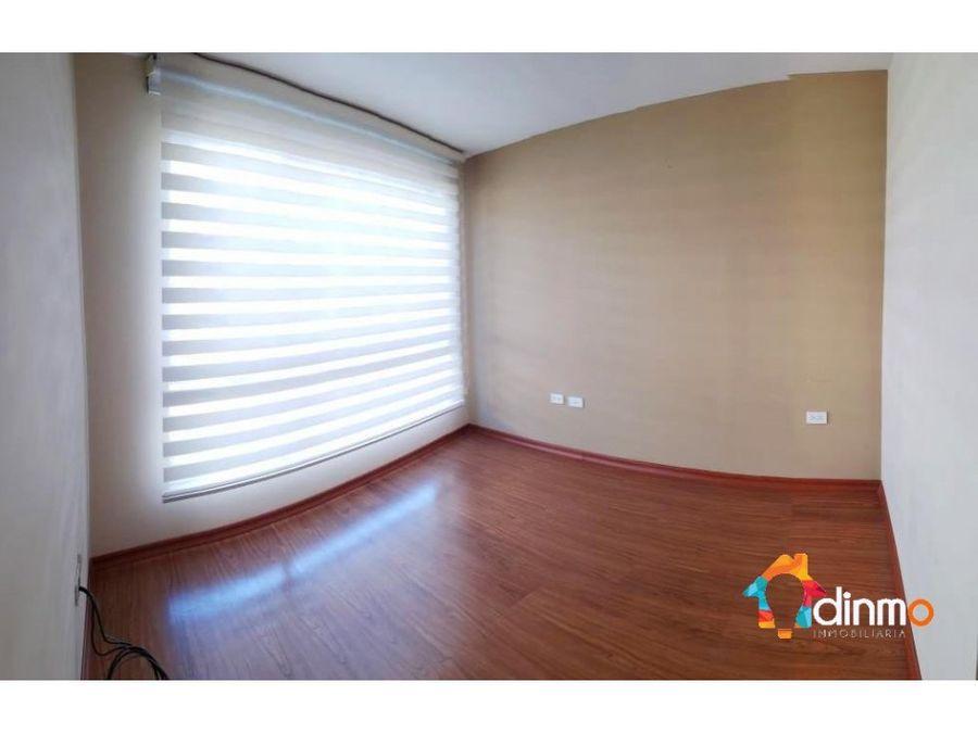 casa de venta san juan de cumbaya 3 dormitorios