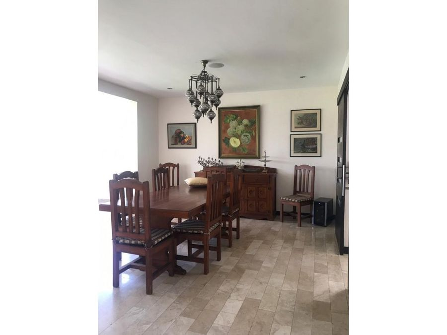c vendo casa independiente en tanda