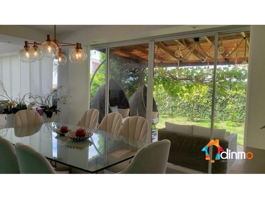 casa de lujo en venta 500 m terreno cumbaya tanda