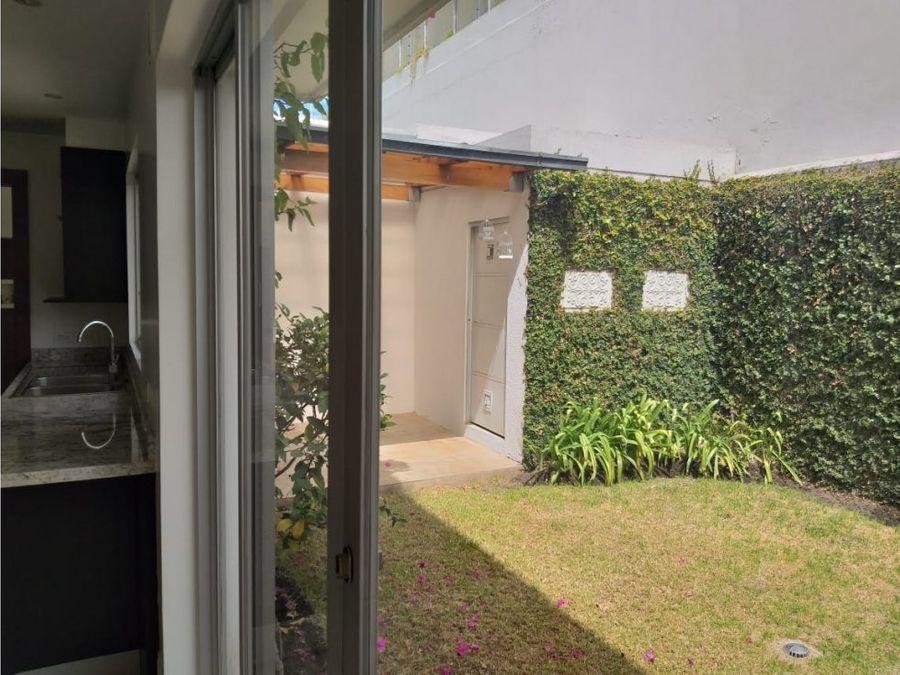 cumbaya colegio menor vendo casa con jardin