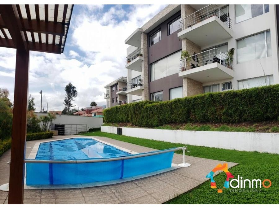 departamento con hermosa vista piscina urbanizacion cumbaya vendo