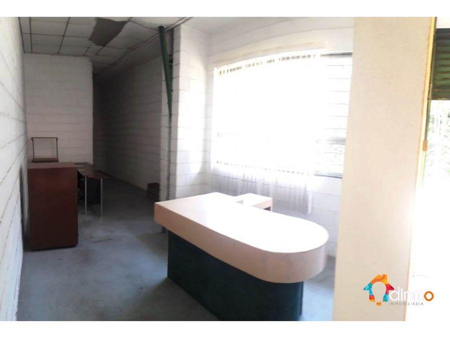 dbodega 720 m2de rentacon oficinas