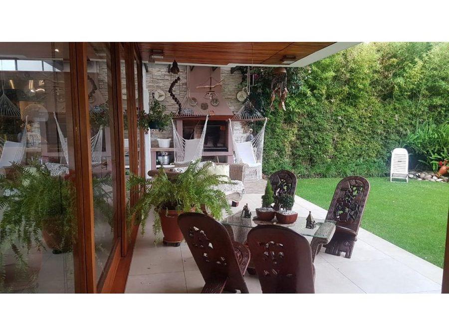 c espectacular casa de ventala vina tumbaco