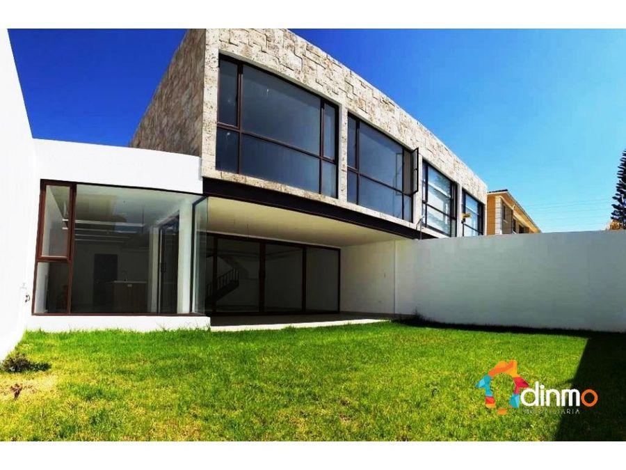 casa de lujo cumbaya la primavera en venta