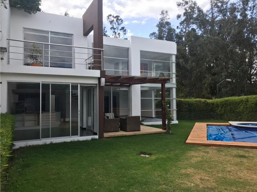 c casa en venta prados de tanda cumbaya