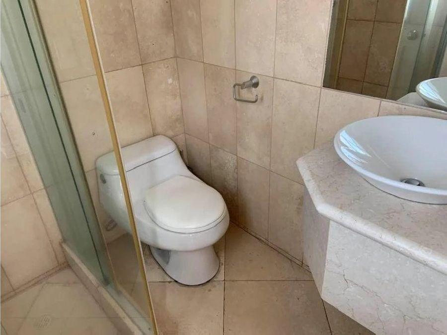 c rento hermosa casa sector san juan de cumbaya