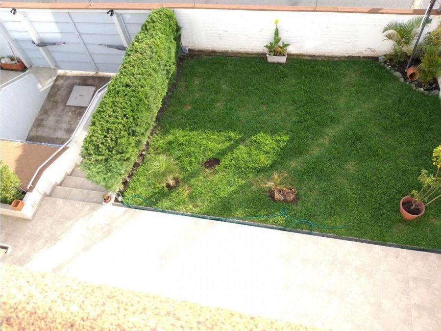 c renta casa 3 dormi jardin primavera cumbaya