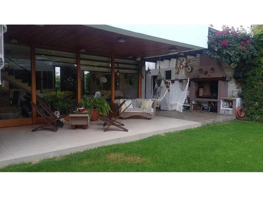 c espectacular casa de venta la vina cumbaya