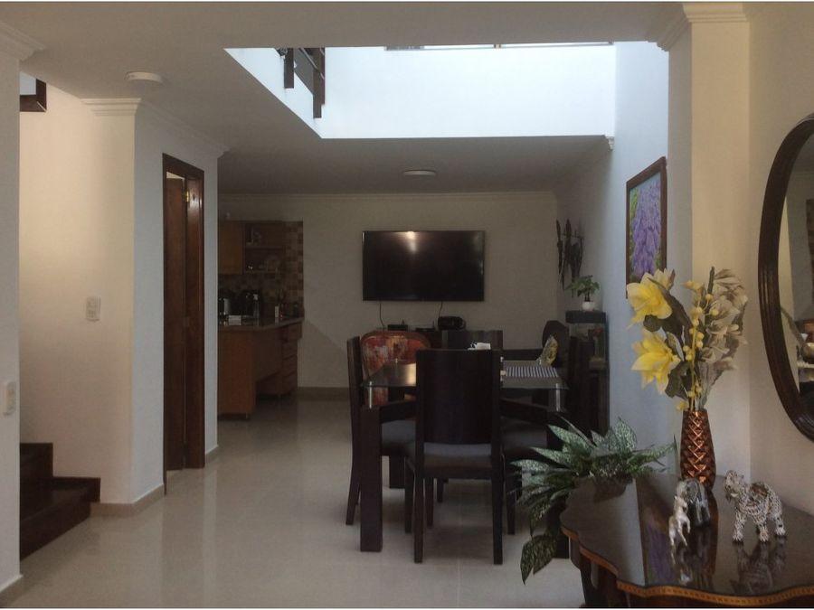 vende casa en conjunto residencial la estrella