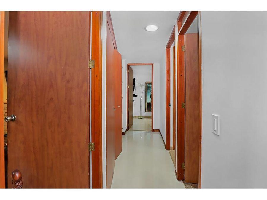 apartamento en venta en barrio el escobero envigado