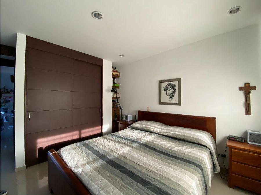 apartamento a la venta en laureleslas acacias medellin