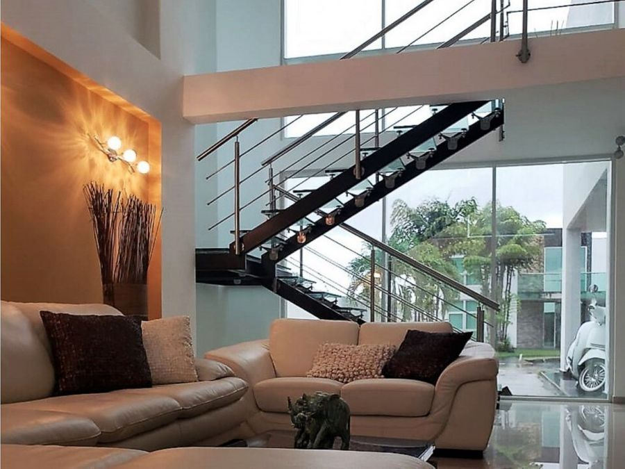 casa en venta en costa esmeralda costa sur panama